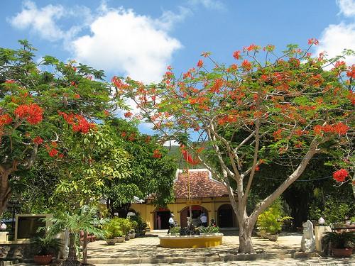 Miếu-Bà-Phi-Yến-Côn-Đảo
