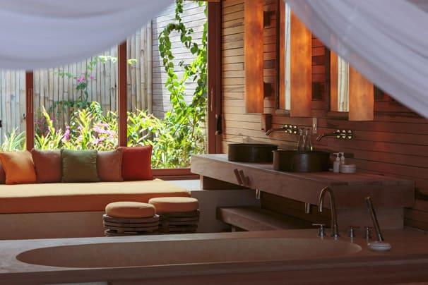 Bathroom Six Senses Con Dao resort
